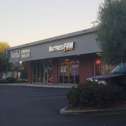 Mattress Firm Cupertino Crossroads