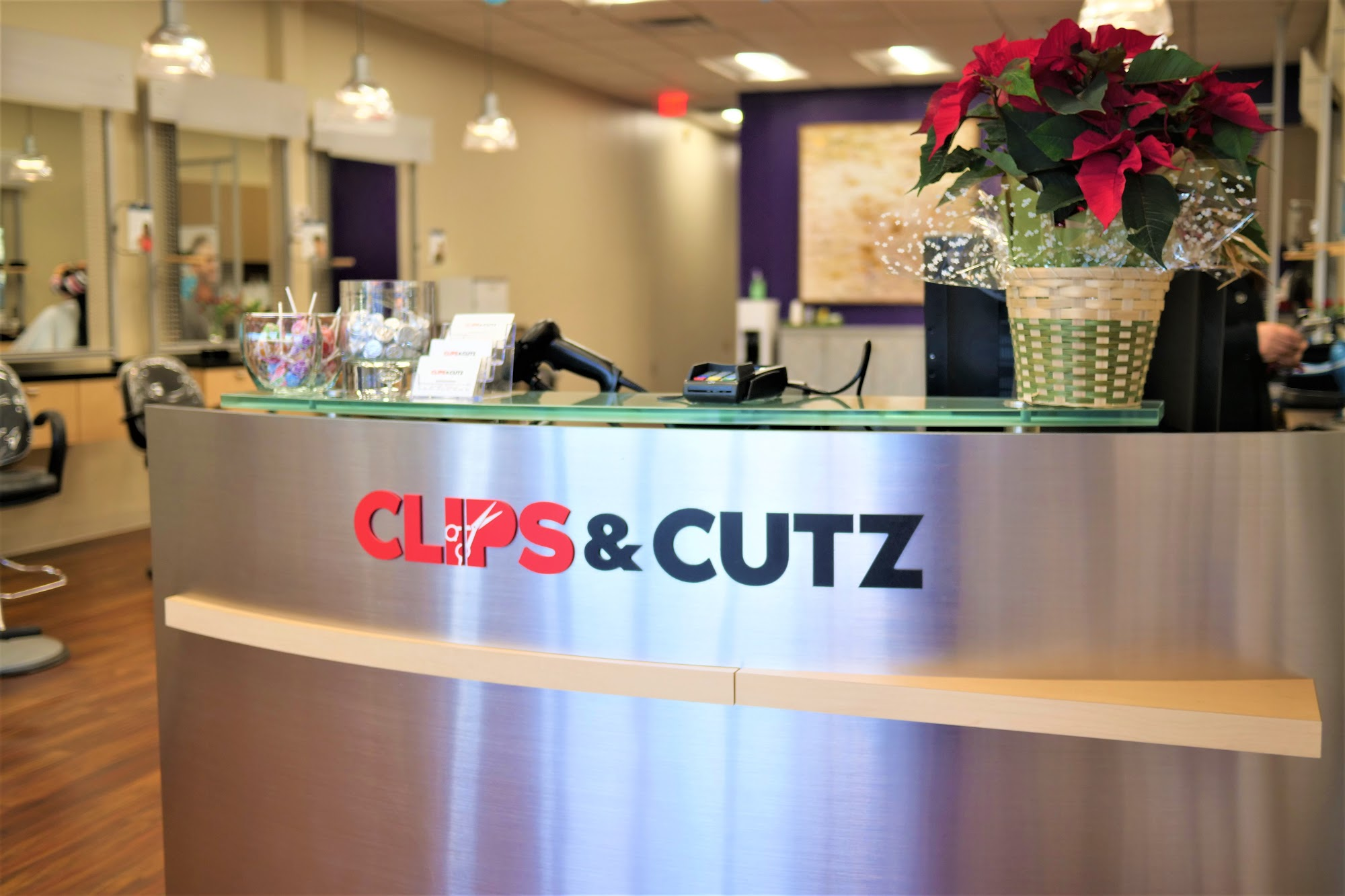 Clips & Cutz - Hair Salon 9210 Baltimore National Pike suite w-6, Ellicott City