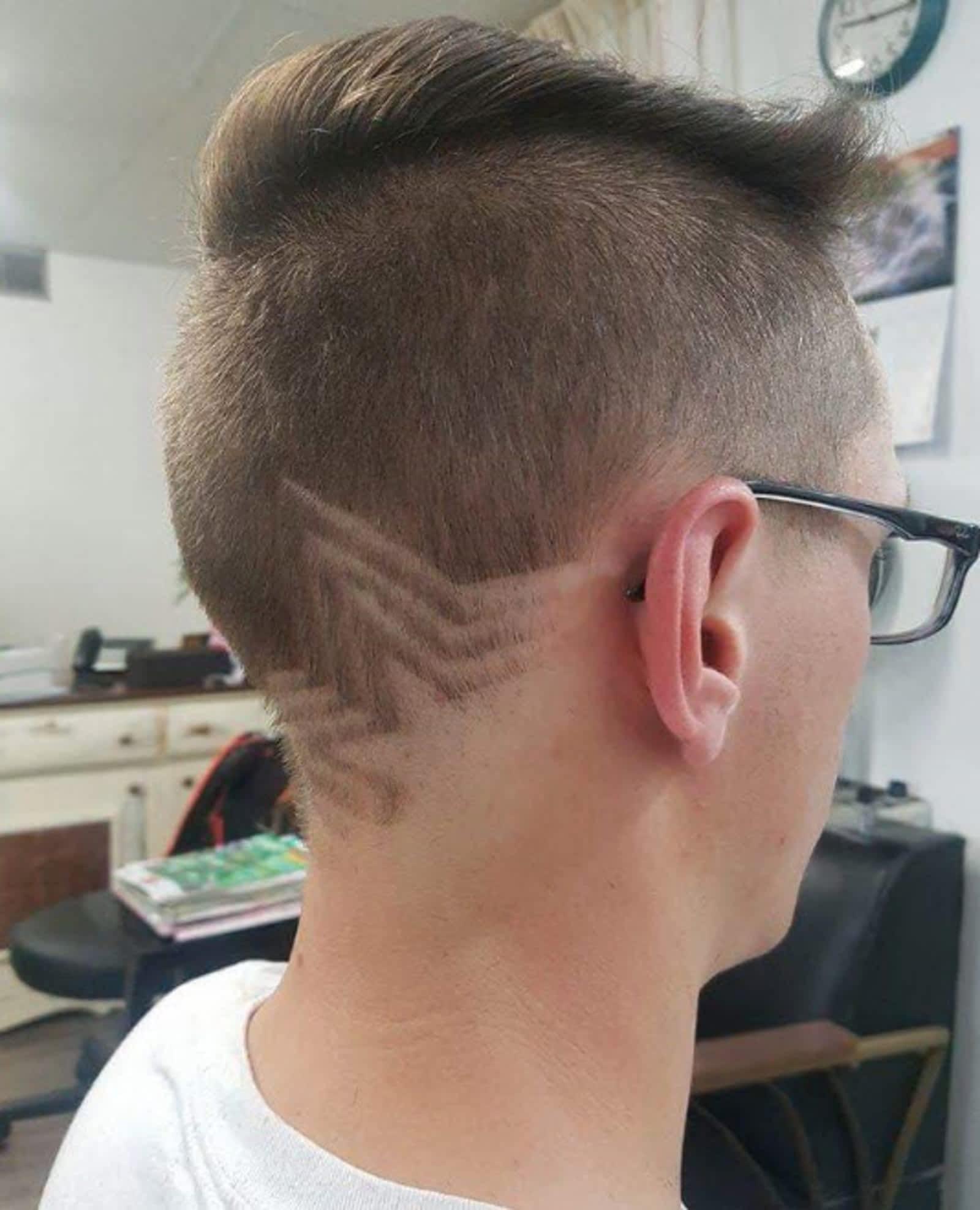 Badlands Hair Studio and Spa 220 Main St, Bengough